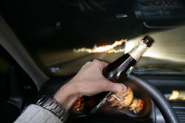 Mẹo lái xe an toàn vào ban đêm 1