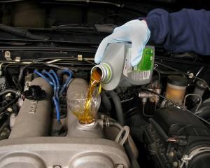 autotv-car-oil-2_df5e9